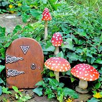 fliegenpilz - amanita muscaria, Garten seite