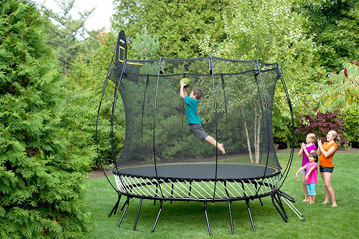 trampolinspringen h pfend gesundheit und fitness trainieren. Black Bedroom Furniture Sets. Home Design Ideas